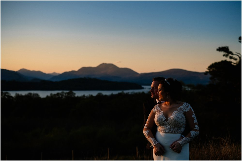 Scottish Summer Lochside Wedding_Boturich Castle_Euan Robertson Photography_045_WEB.jpg