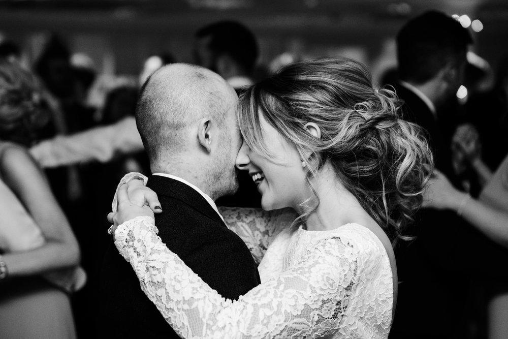 20170422_euan robertson weddings_090_WEB.jpg