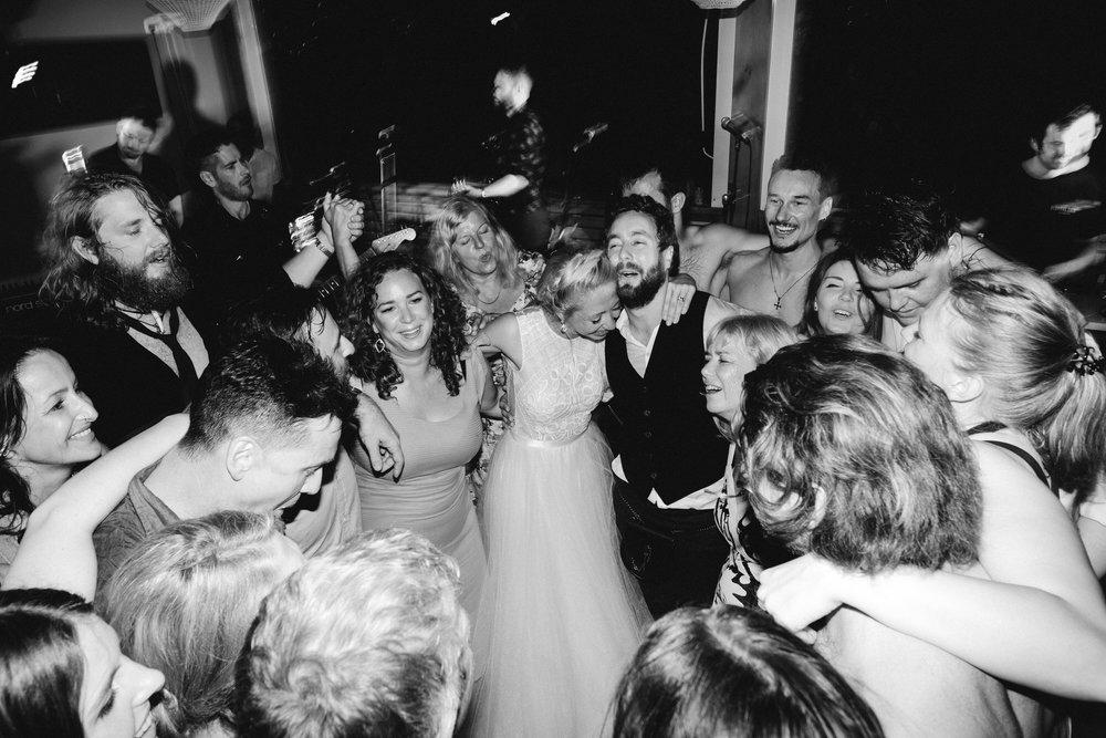 037-Leigh-Chris-Portugal-Wedding.jpg