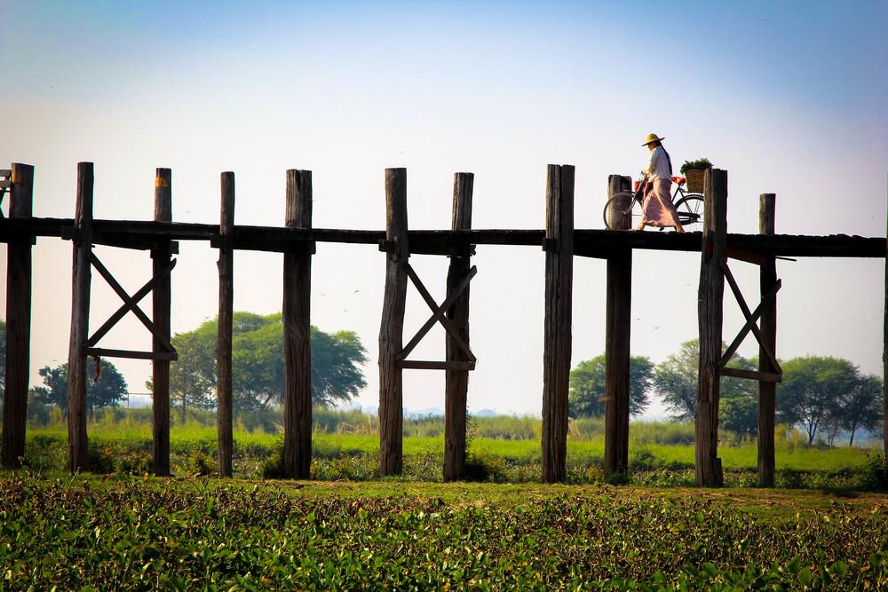 mandalay bridge.jpg