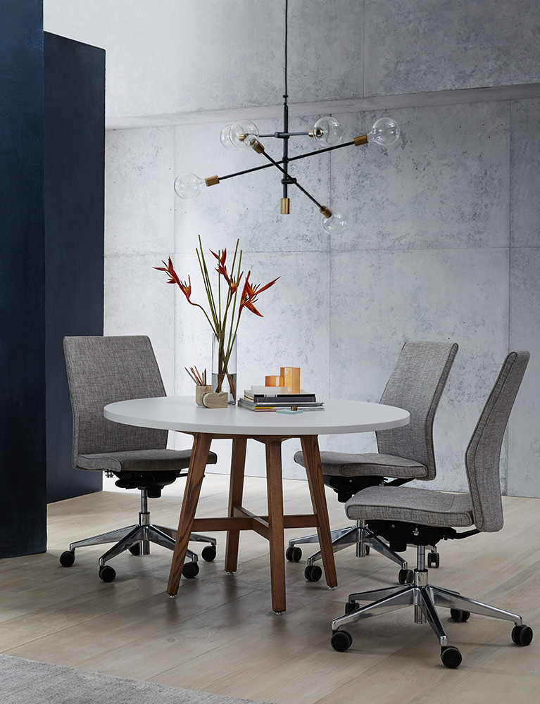 modern-lounge-table-lifestyle_02.jpg