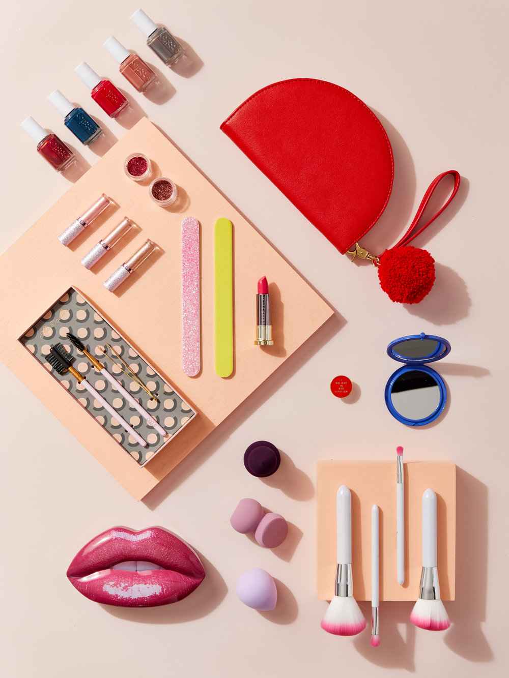 makeupcom_chauntevaughn_giftguide_beautyjunkie_1110_075.jpg