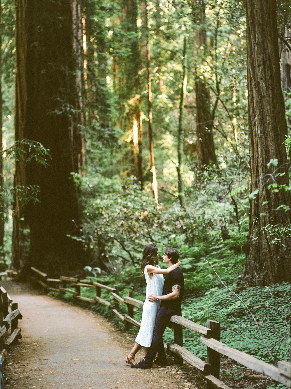 Flo&Romain(woods)-23.jpg