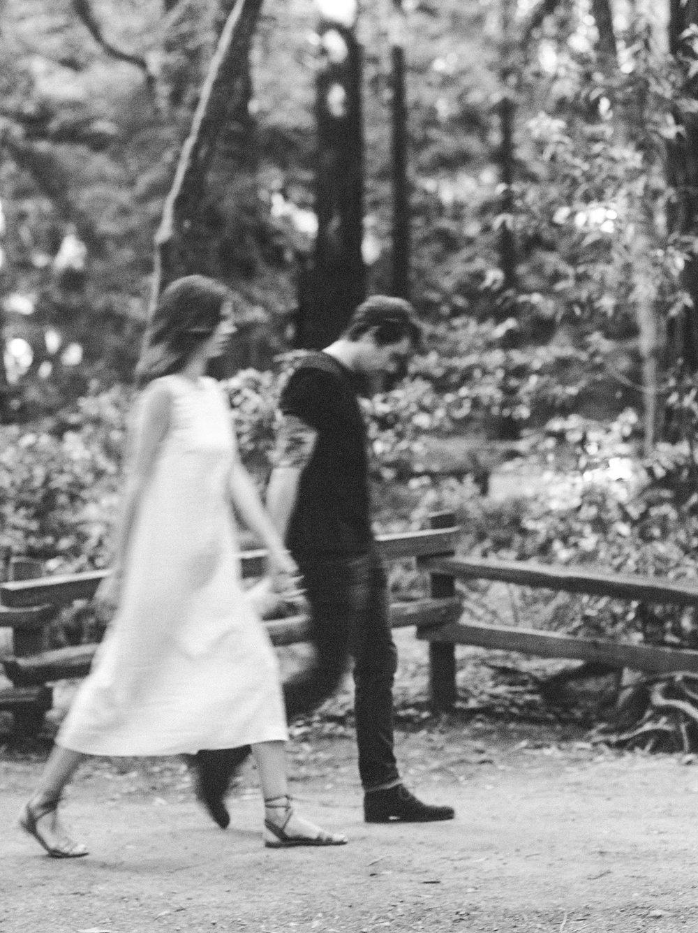 Flo&Romain(woods)-30.jpg