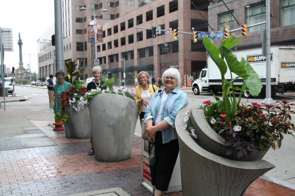 EC1-Planters along Euclid Ave.JPG