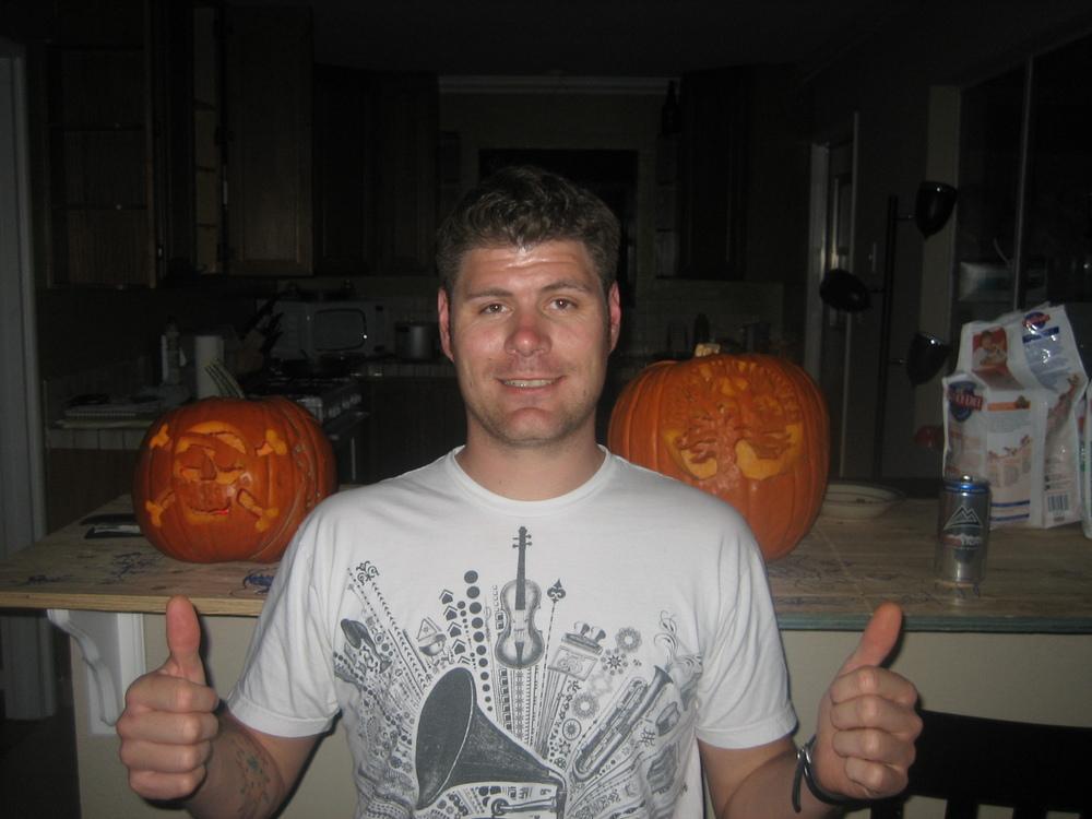 1st Pumpkin Carving 11-27-2008.jpg