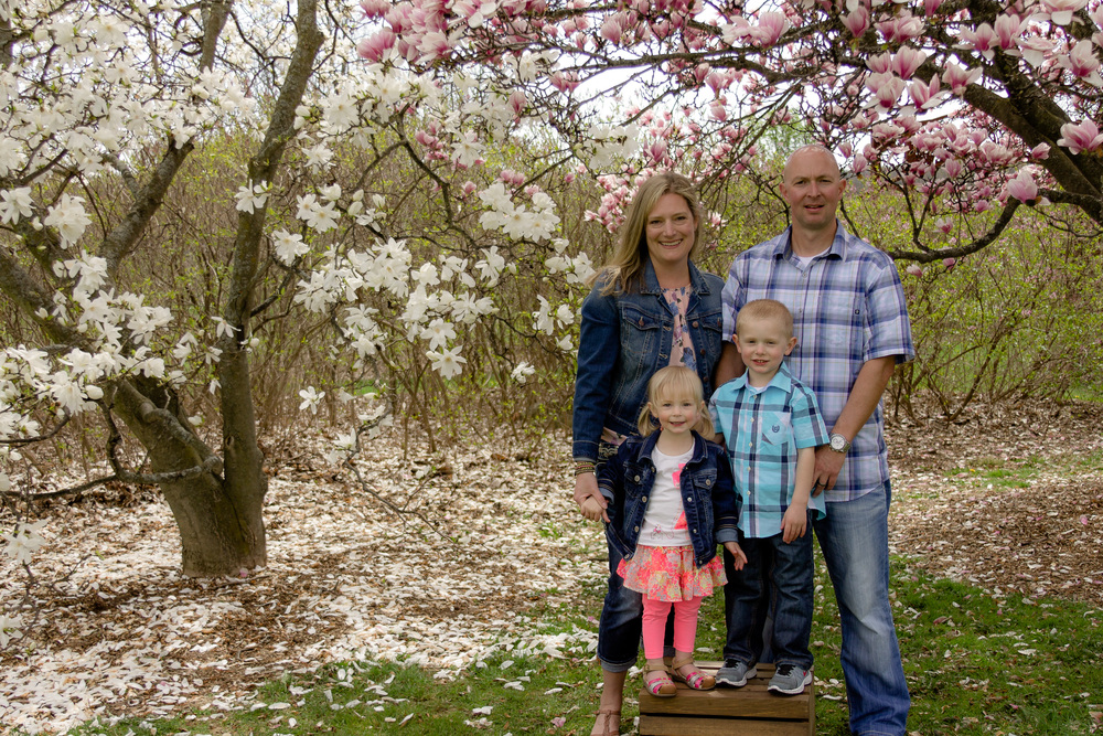 The UW Arboretum made for the perfect spring family session!