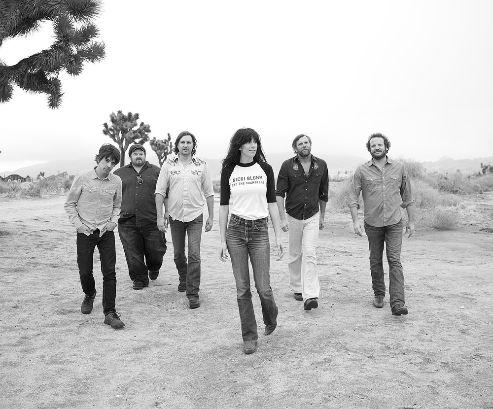 <strong>Nicki Bluhm & Gramblers</strong>