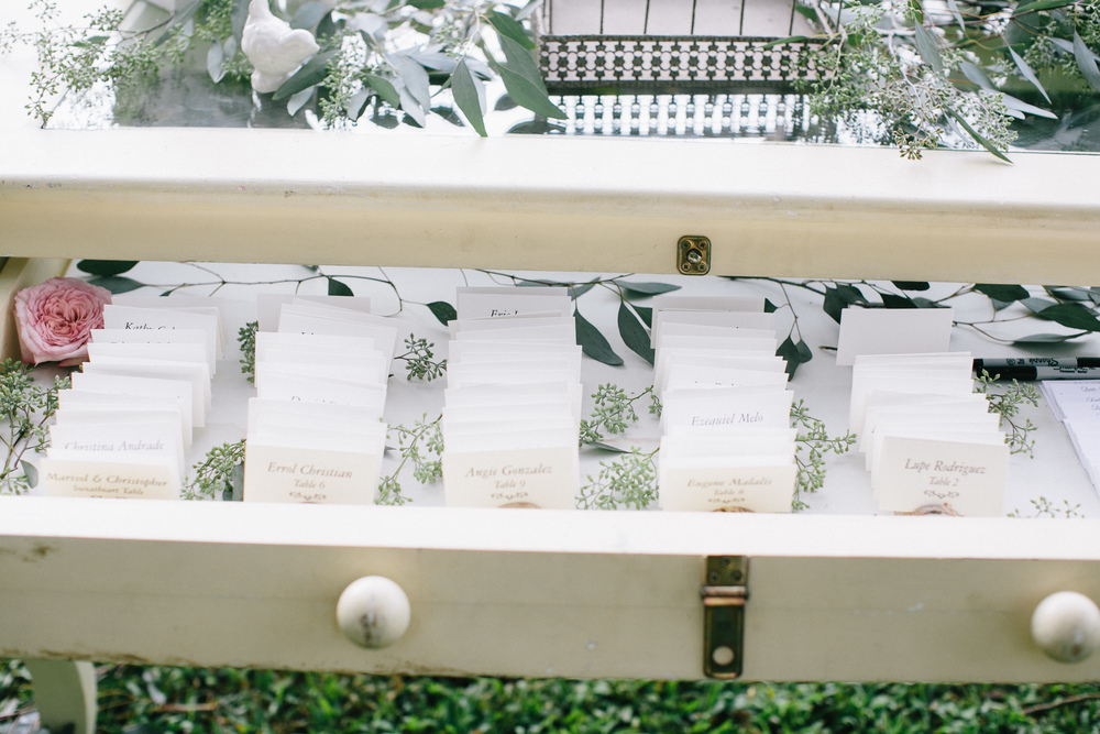 Venue: Sunset Ranch | Floral & Design: Passion Roots | Photography: Pinky Photography