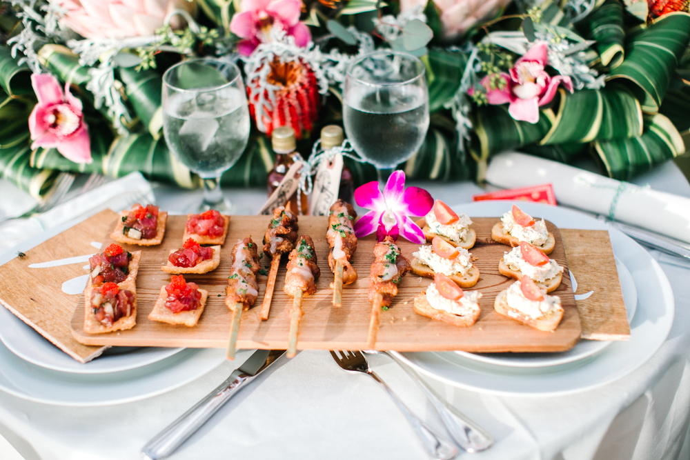 Catering: Beaches & Backyards Catering | Floral: Flower Farm | Venue: Sunset Ranch | Photography: Mary Claire Photography | Equipment: Pacific Party Rentals