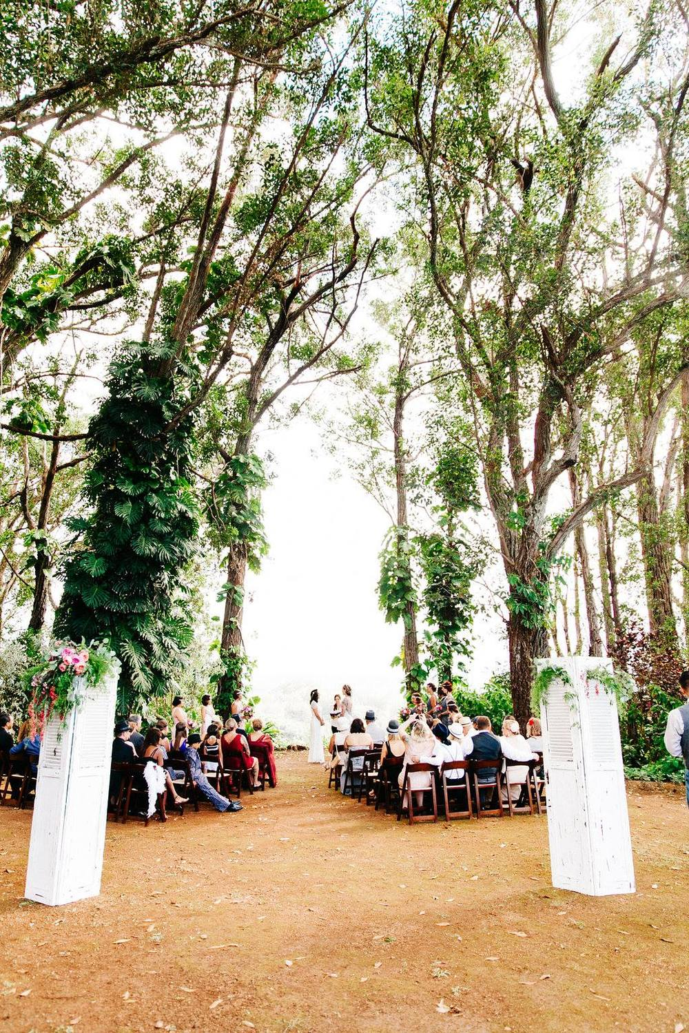 Floral and Design: Passion Roots | Venue: Sunset Ranch Hawaii | Photography: Lehua Noelle