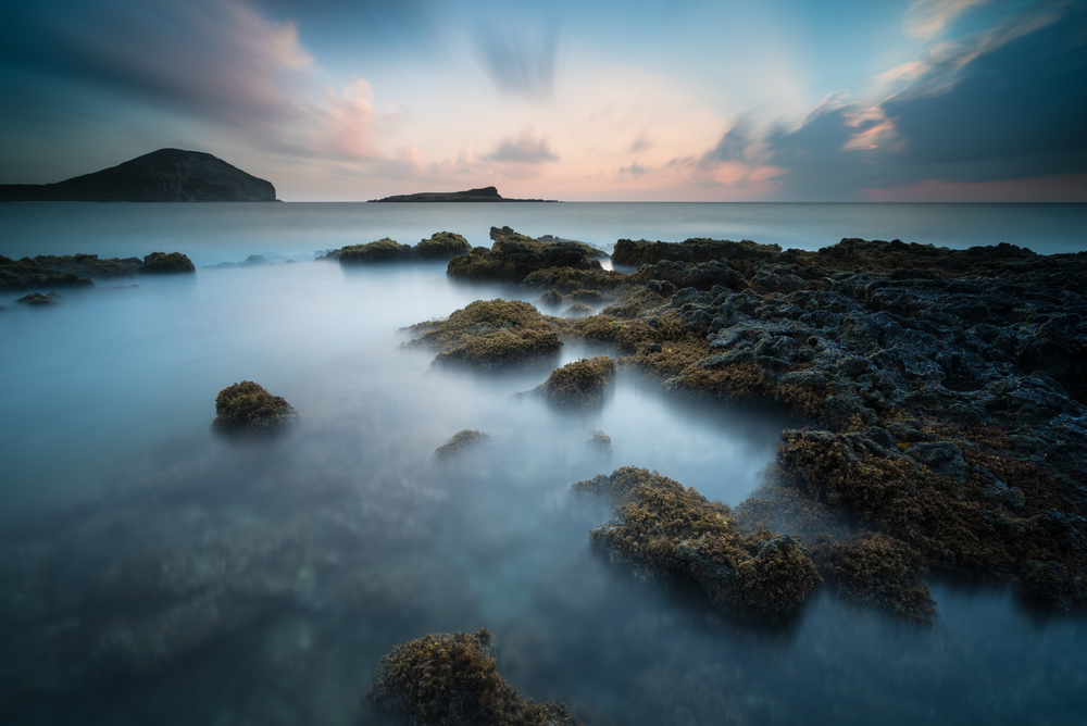 Sunrise at Makapuu Beach Park Oahu, Hawaii Stacked Lee Little Stopper &3 stop hard grad to darken sky Sony A7S II | 181 sec. |  f/8 |  ISO 50  |  Sony Zeiss 16-35mm f/4 Edited in Lightroom CC 2015 Copyright 2016 Ryan Sakamoto, All rights reserved