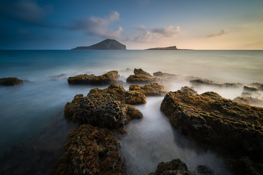 Sunrise at Makapuu Beach Park Oahu, Hawaii Stacked Lee Big Stopper & 3 stop hard grad to darken sky Sony A7S II    |    60 sec.    |    f/8    |    ISO 50    |    Sony Zeiss 16-35mm f/4 Edited in Lightroom CC 2015 Copyright 2016 Ryan Sakamoto, All rights reserved
