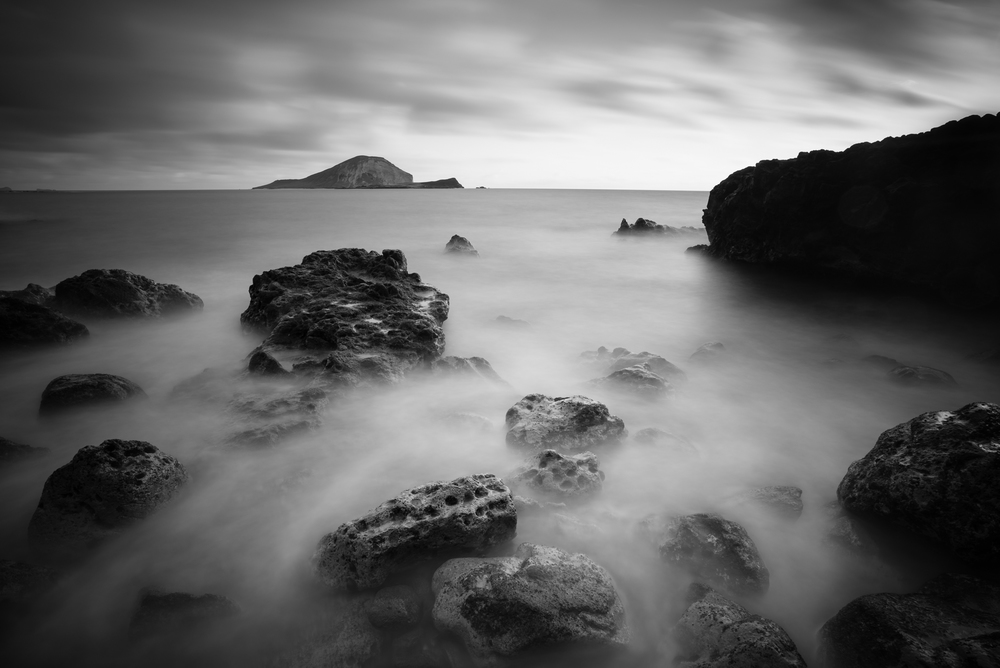 Sunrise at Makapuu Beach Park Oahu, Hawaii Stacked Lee Big Stopper &3 stop soft grad Sony A7S II |  60 sec. |  f/8 |  ISO 50  |  Zeiss Batis 18mm, f/2.8 Edited in Lightroom CC 2015 Copyright 2016 Ryan Sakamoto, All rights reserved