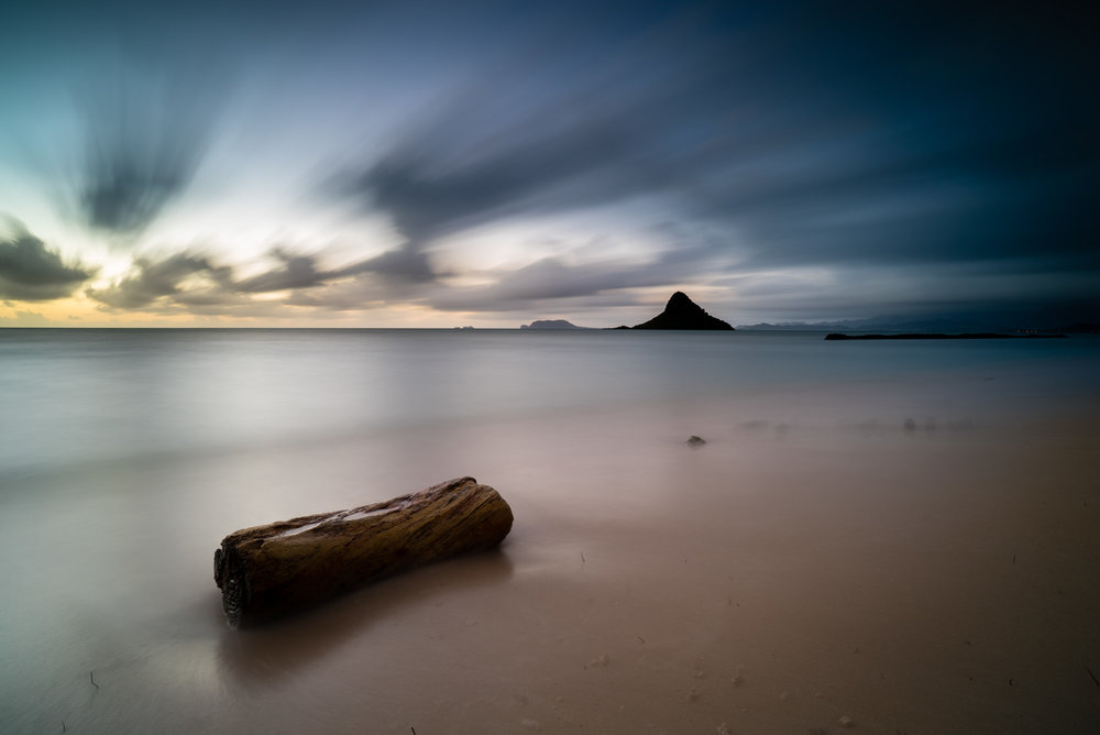 Kualoa Beach Park Lee Filter Big Stopper & 3 stop medium grad Sony A7S II    |    181 sec.    |    f/8   |    ISO 50    |    Zeiss Batis 2.8/18mm   Edited in Lightroom CC 2015 Copyright 2016 Ryan Sakamoto, All rights reserved