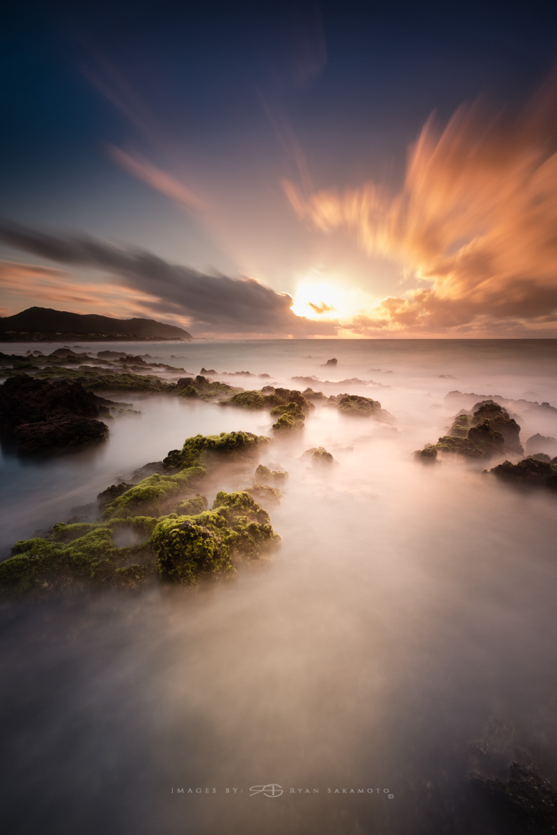 Sunrise, Sandy Beach Honolulu, Hawaii  Fuji XT2  |  60 sec. |  f/8  |  ISO 100  |   Fujinon XF 10-24mm f/4 R OIS  Edited in Lightroom & Photoshop CC 2017 Copyright 2017 Ryan Sakamoto, All rights reserved