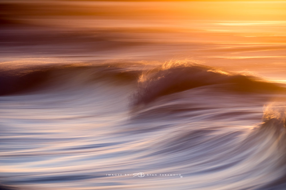 Sunrise at Sandy Beach, Honolulu, Hawaii Fuji XT2    |    1/3 sec.    |    f/8   |   ISO 100 |    Fujinon  XF100-400mm f/4.5-5.6 R LM OIS WR Edited in Lightroom & Photoshop CC Copyright 2017 Ryan Sakamoto, All rights reserved
