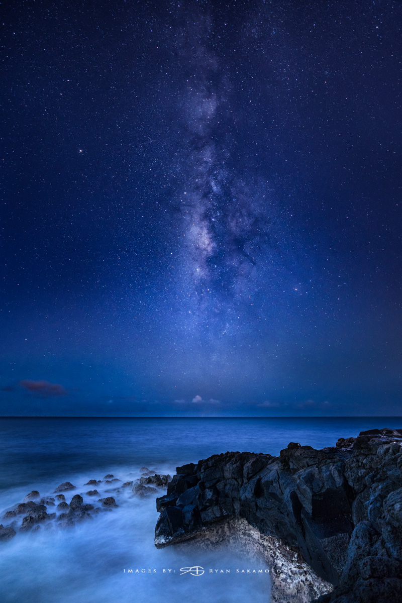 Eastside Milky Way, Hawaii  Sony A7R III    |      20 sec.    |  f/2.8  |   ISO 1600   |   Sony FE 16-35mm GM F/2.8       Composite 2 frame edit  Edited in Lightroom Classic & Photoshop CC 2018 Copyright 2018 Ryan Sakamoto, All rights reserved