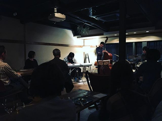 . 2018.02.02 fri 『Be with us』tour 京都  浮島ガーデン . #河野祐亮ピアノトリオ #BewithusReleaseTour #yusukekonopianotrio #njrrecords #instajazz #instagood #jazz  #live #music #world #tokyo #japan #nyc #usa #brooklyn #london #wien #festival #cool #beautiful #pianotrio #河野祐亮 #座小田諒一 #木下晋之介 #京都 #名古屋 #静岡