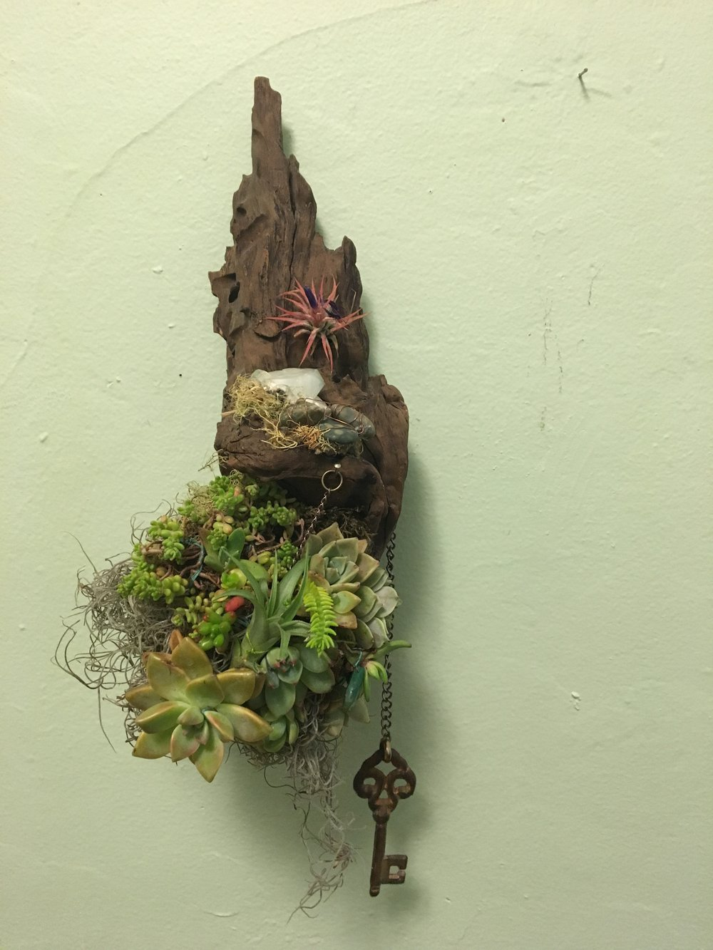 """Keys to My Heart Vertical Garden on Driftwood 13"""" x 6"""""""