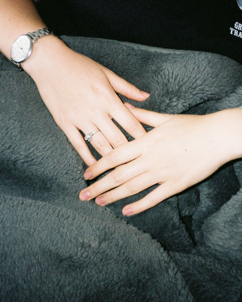 Mooy Hands.jpg