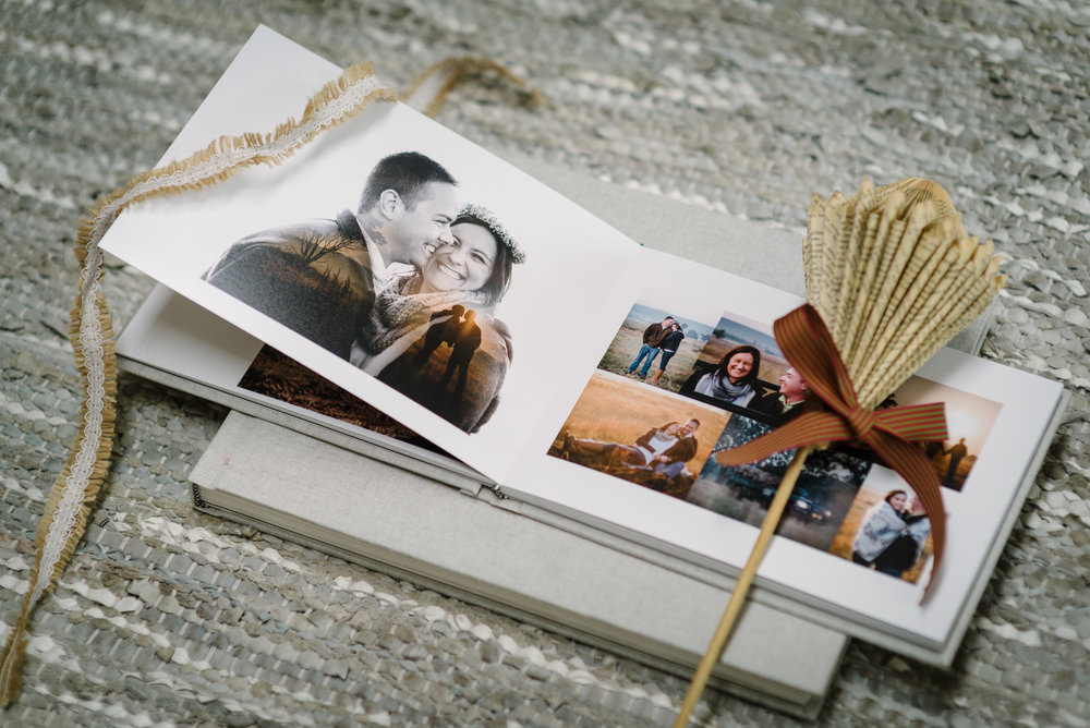 Luxury Guest Album - white spaces for guests to leave messages on wedding day270x200mm Luxury Landscape12 spreads