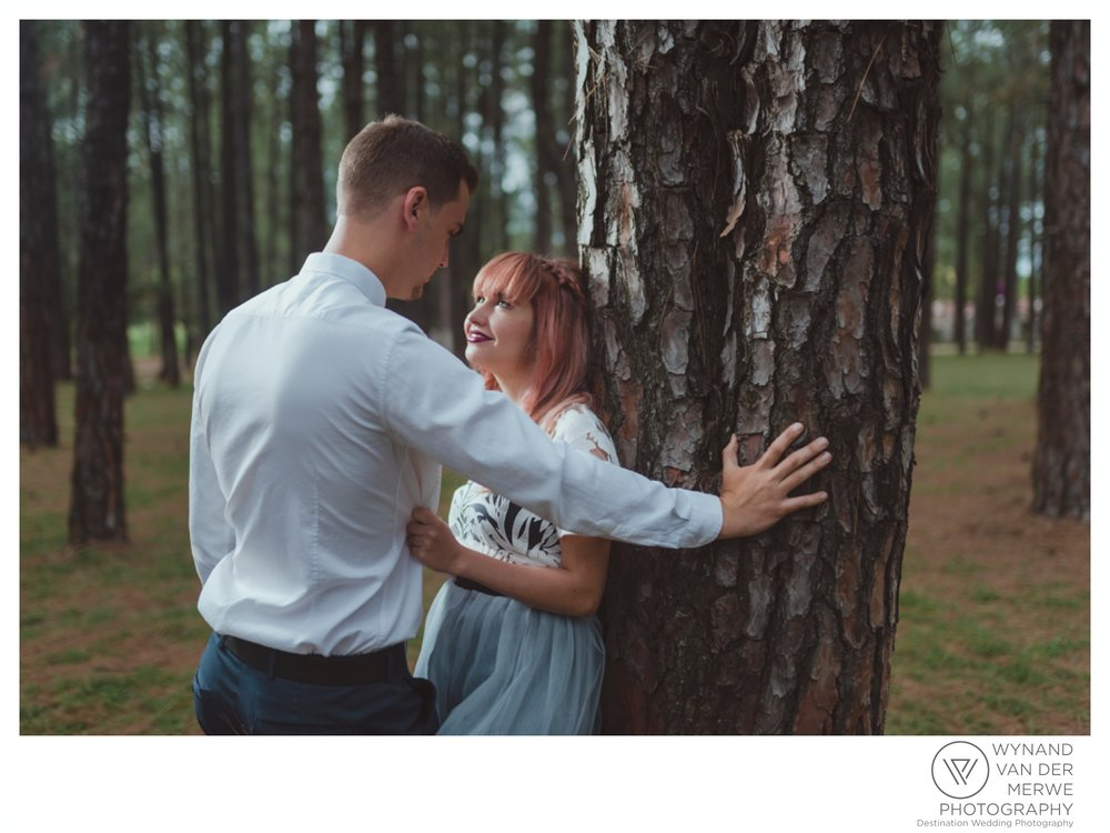 WvdM_KyleChantell_engagementshoot_engaged_bryanstonpineforest_creativeweddingphotographer_gauteng_southafrica_butterflyblush-48.jpg