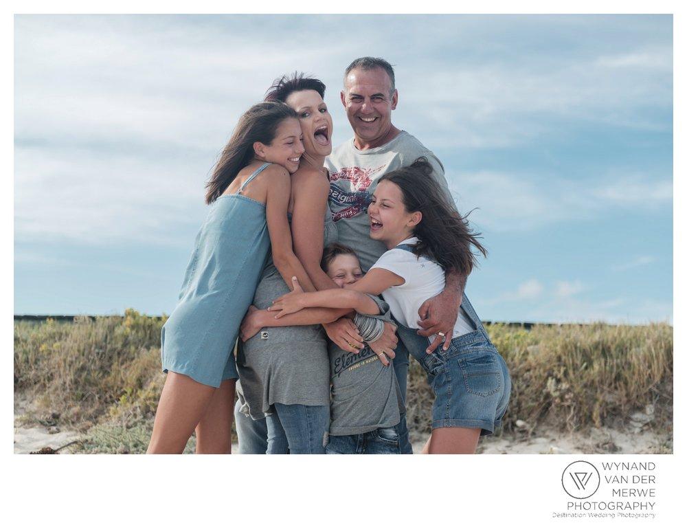 WvdM_minisessions_photos_capeagulhas_lighthouse_capeagulhaslighthouse_family_familyphotography_2017_lizethaucamp-13.jpg
