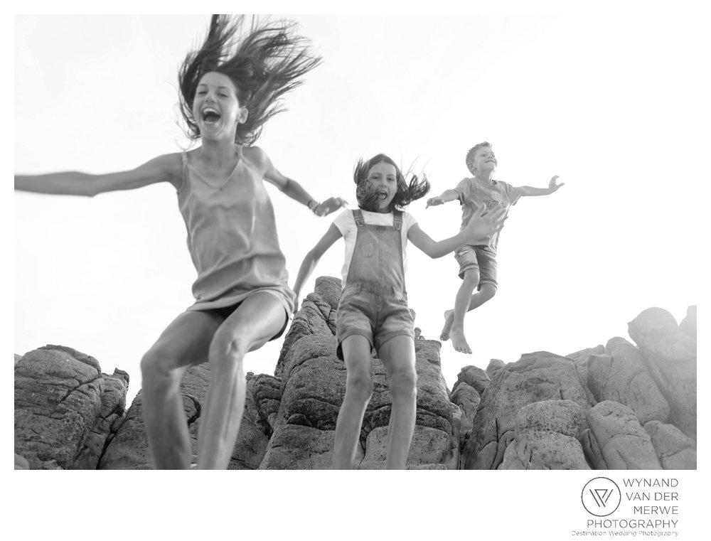WvdM_minisessions_photos_capeagulhas_lighthouse_capeagulhaslighthouse_family_familyphotography_2017_lizethaucamp-69.jpg