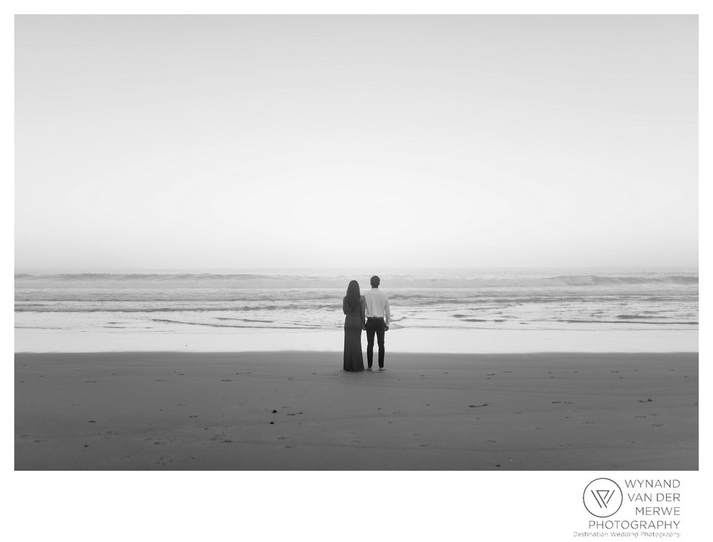 WvdM_engagementshoot_engaged_couple_prewedding_llandudno_cliftonbeach_beach_formal_southafrica_weddingphotographer_greernicolas-11.jpg