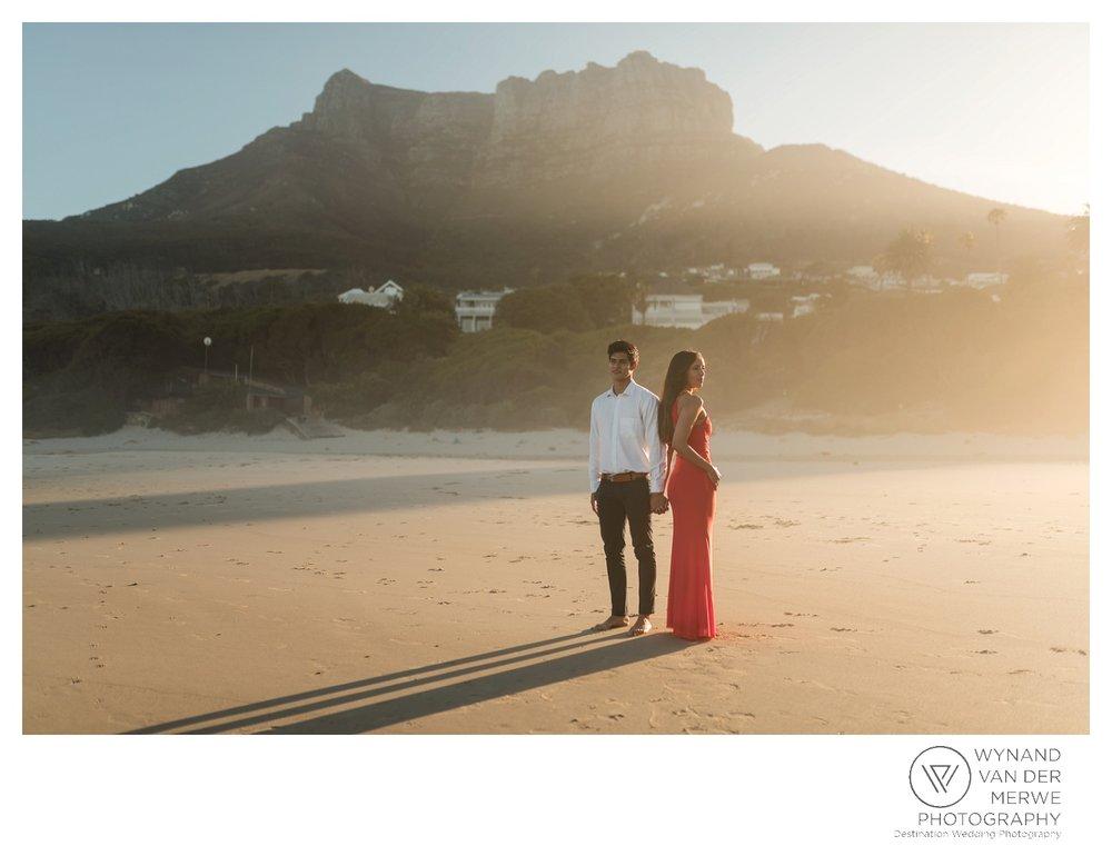 WvdM_engagementshoot_engaged_couple_prewedding_llandudno_cliftonbeach_beach_formal_southafrica_weddingphotographer_greernicolas-41.jpg