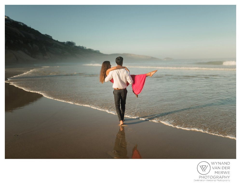 WvdM_engagementshoot_engaged_couple_prewedding_llandudno_cliftonbeach_beach_formal_southafrica_weddingphotographer_greernicolas-59.jpg