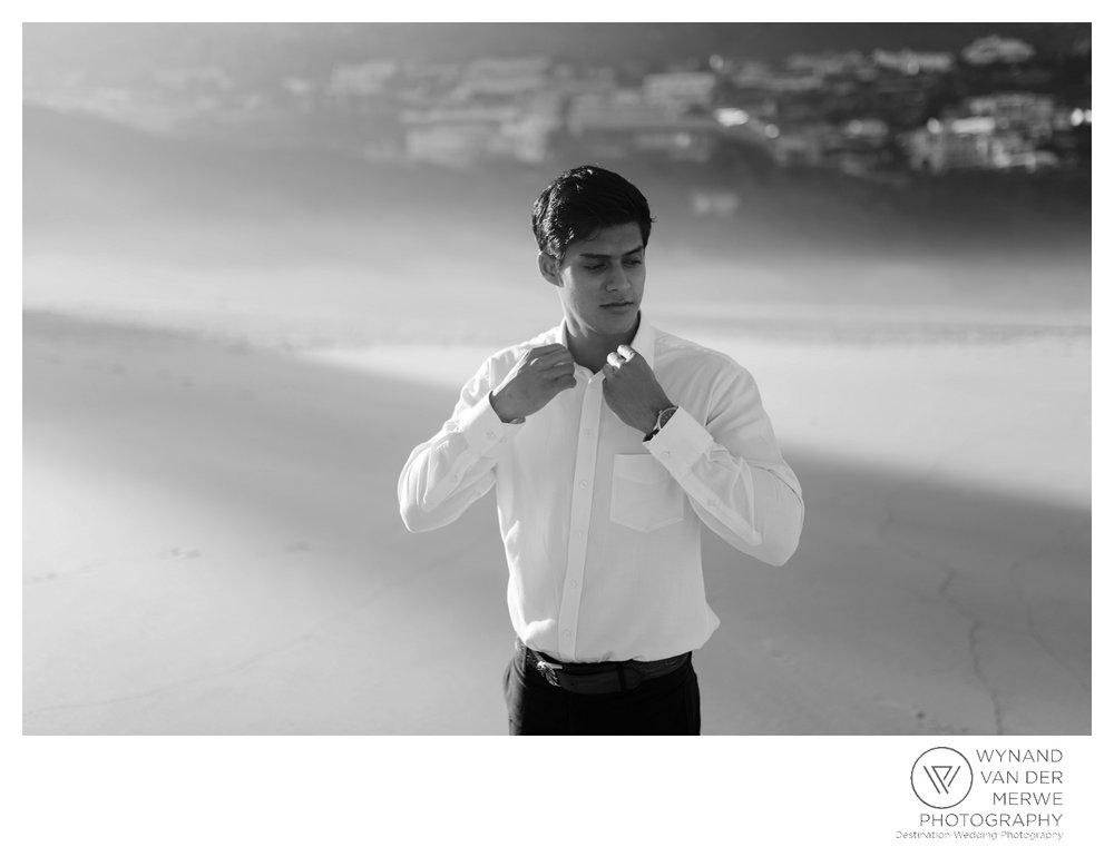 WvdM_engagementshoot_engaged_couple_prewedding_llandudno_cliftonbeach_beach_formal_southafrica_weddingphotographer_greernicolas-76.jpg