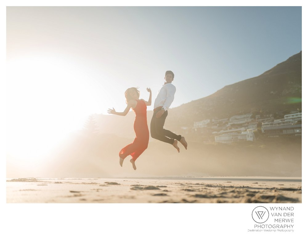 WvdM_engagementshoot_engaged_couple_prewedding_llandudno_cliftonbeach_beach_formal_southafrica_weddingphotographer_greernicolas-80.jpg