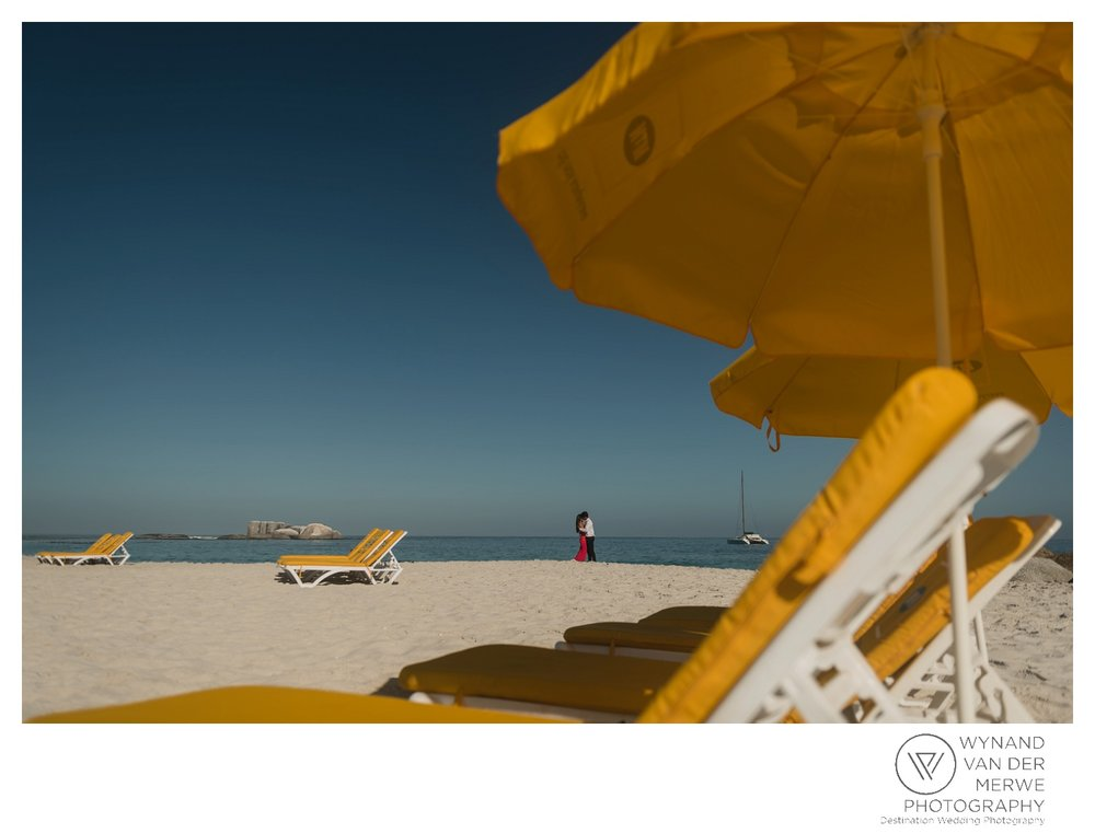 WvdM_engagementshoot_engaged_couple_prewedding_llandudno_cliftonbeach_beach_formal_southafrica_weddingphotographer_greernicolas-141.jpg