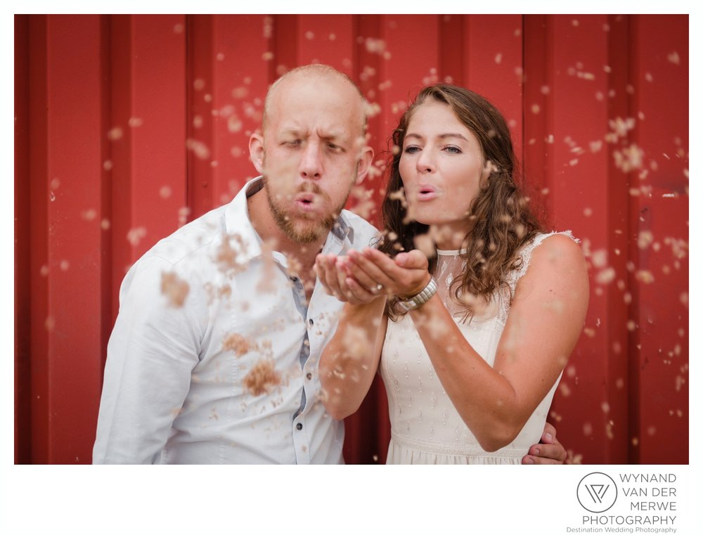 WynandvanderMerwe_weddingphotography_engagementshoot_wonderboomairport_aeroplane_klaasjanmareli_gauteng_2018-10.jpg