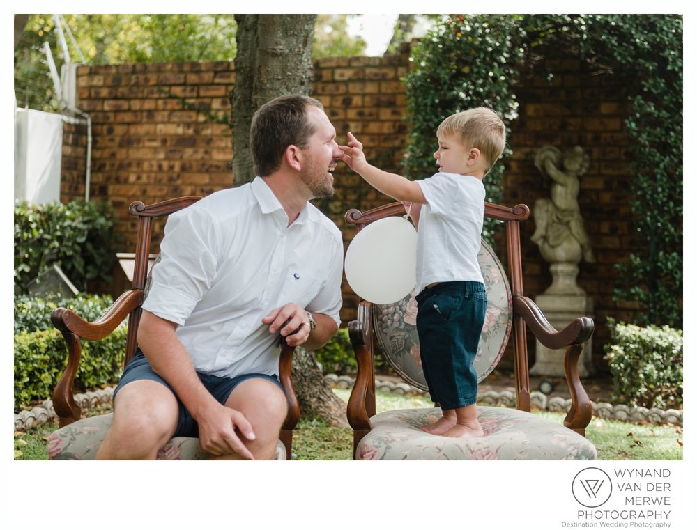 WynandvanderMerwe_weddingphotographer_familyshoot_lifestylesession_home_family_lizedeon_kids_2boys_babybrother_gauteng_southafrica-7.jpg