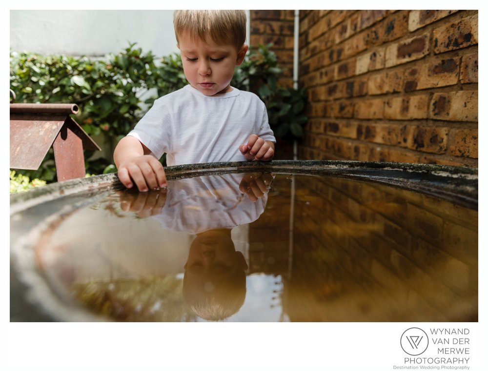 WynandvanderMerwe_weddingphotographer_familyshoot_lifestylesession_home_family_lizedeon_kids_2boys_babybrother_gauteng_southafrica-20.jpg