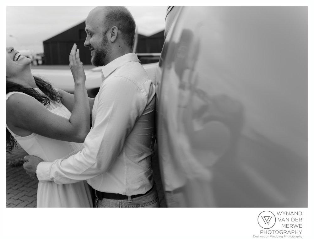 WynandvanderMerwe_weddingphotography_engagementshoot_wonderboomairport_aeroplane_klaasjanmareli_gauteng_2018-21.jpg