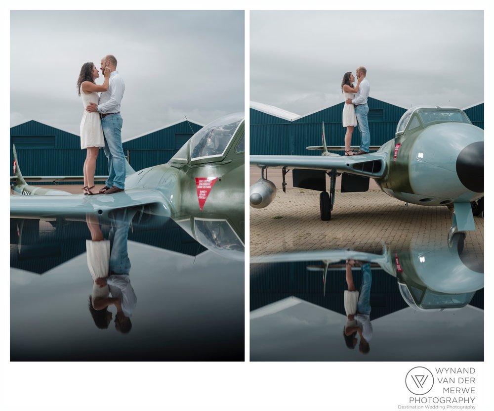 WynandvanderMerwe_weddingphotography_engagementshoot_wonderboomairport_aeroplane_klaasjanmareli_gauteng_2018-45.jpg