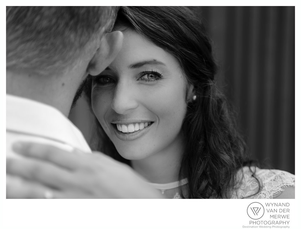 WynandvanderMerwe_weddingphotography_engagementshoot_wonderboomairport_aeroplane_klaasjanmareli_gauteng_2018-85.jpg