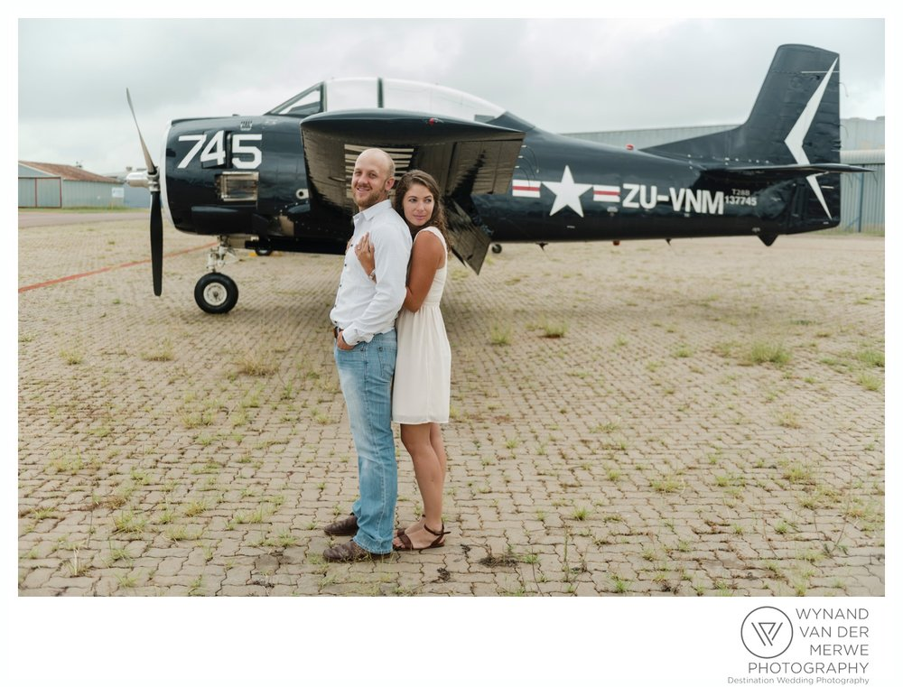 WynandvanderMerwe_weddingphotography_engagementshoot_wonderboomairport_aeroplane_klaasjanmareli_gauteng_2018-116.jpg