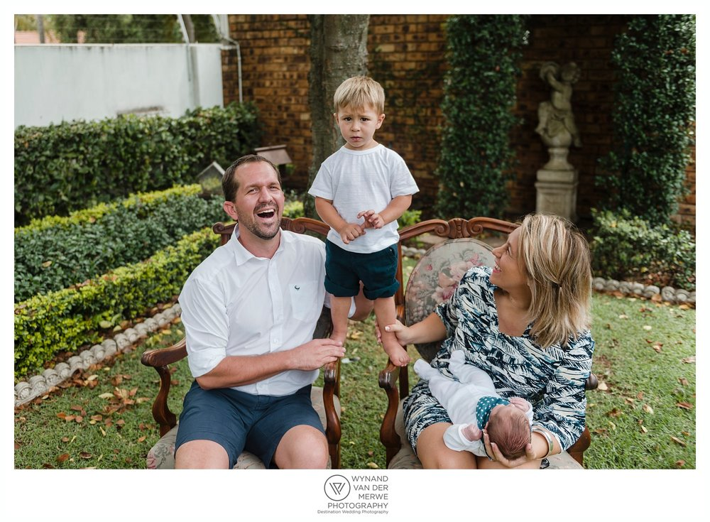 WynandvanderMerwe lifestylephotographer familyshoot lifestylesession home family lizedeon kids 2boys babybrother gauteng southafrica-41.jpg