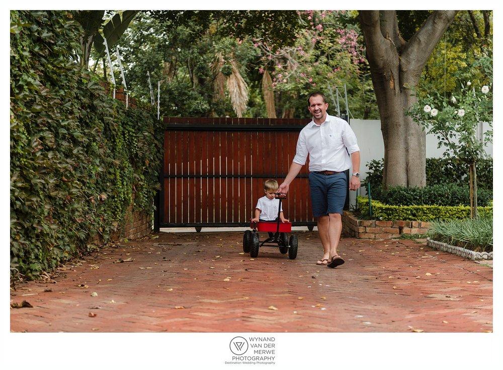 WynandvanderMerwe lifestylephotographer familyshoot lifestylesession home family lizedeon kids 2boys babybrother gauteng southafrica-61.jpg