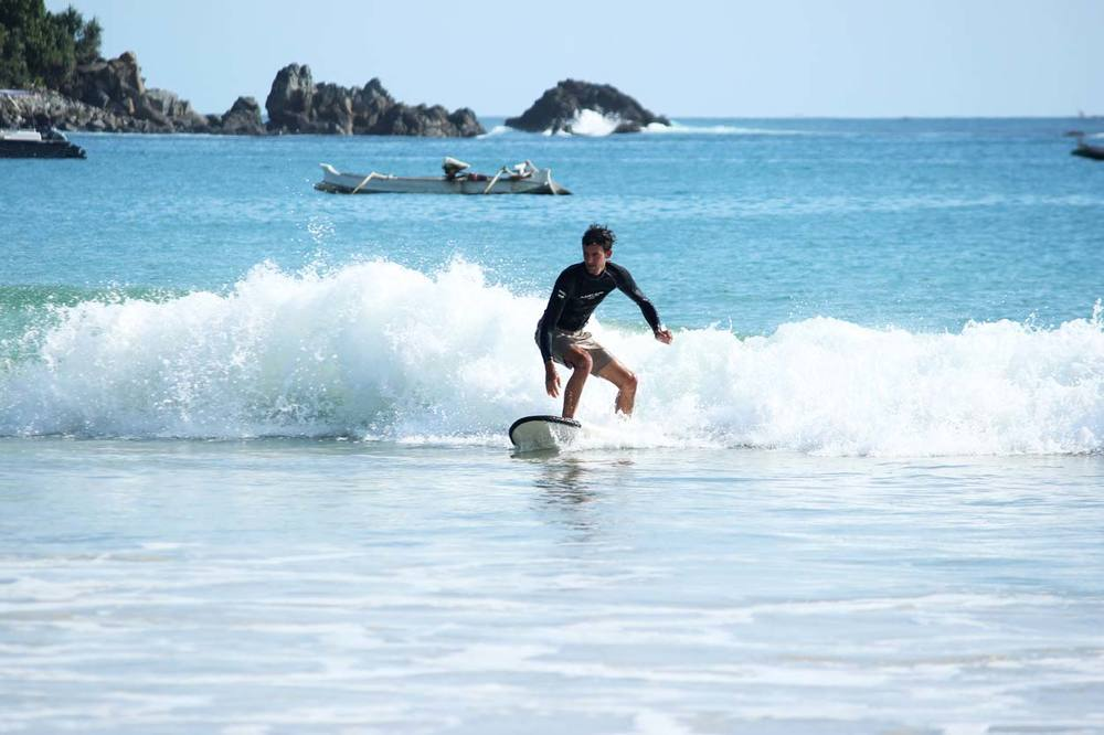 Surf lesson at Selong Belanak