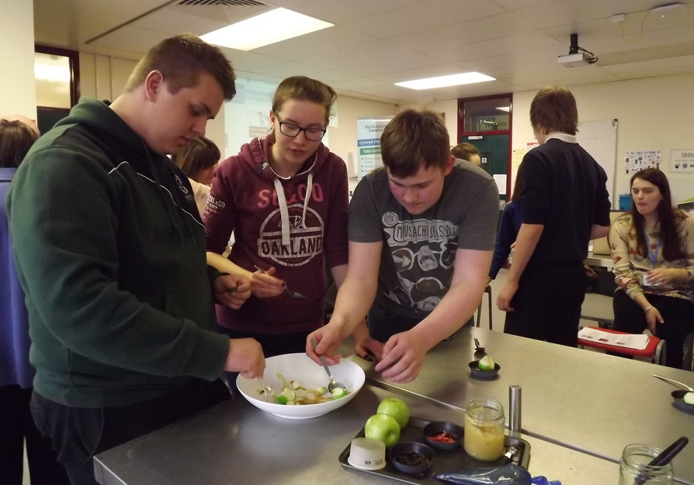 <b>BTEC Hospitality</b><br/>Tasting a dish prepared<br/>by the Head Chef of Llangoed Hall