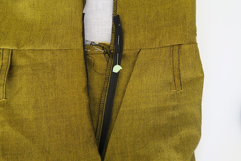 8-stitch-zip.jpg