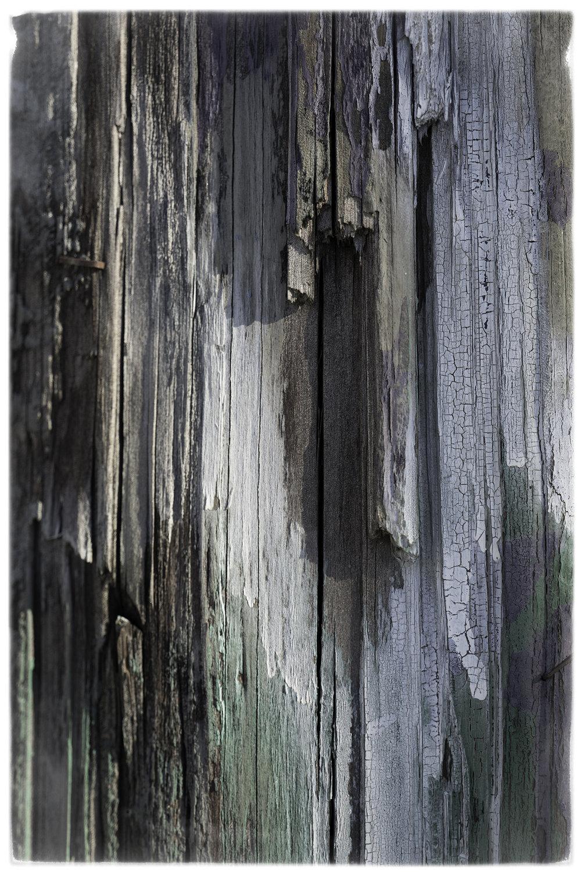 """Woods of Wyn"" Random spraycan marks on electricity pole in Wynwood, Miami, December 2017, Photography © Mike Wolff"