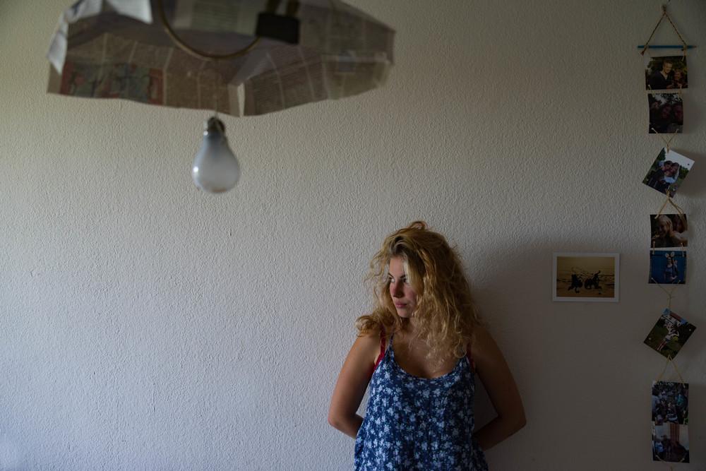 Elisa nel suo appartamento a Lipsia