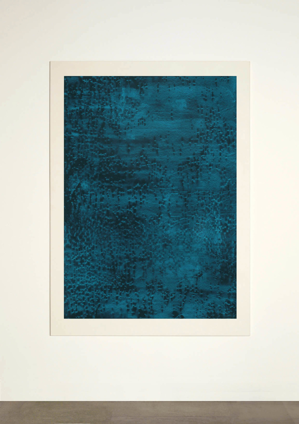 CONTINUOUS NOW – turquoise (IV)  2012  pigment dispersal on 100% cotton fibre  147 x 108 cm